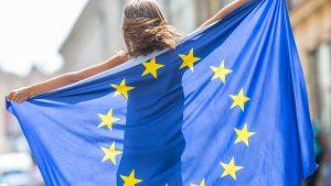 Добре, че ЕС не е жена - щеше да изглежда като дама без фокус в отношенията си