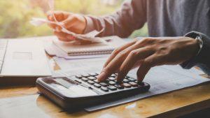 Прогноза: Има опасност бизнесът да намали заплатите